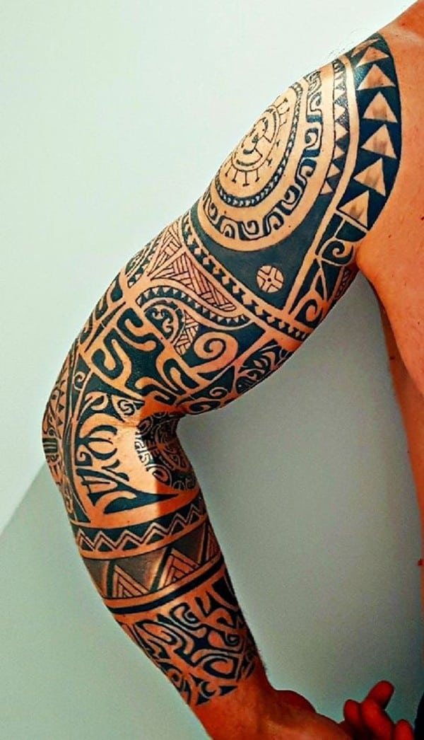 full arm maories tattoo