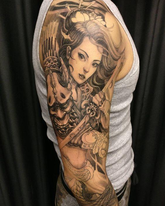 hình xăm geisha mặt quỷ cầm kiếm nhật full tay