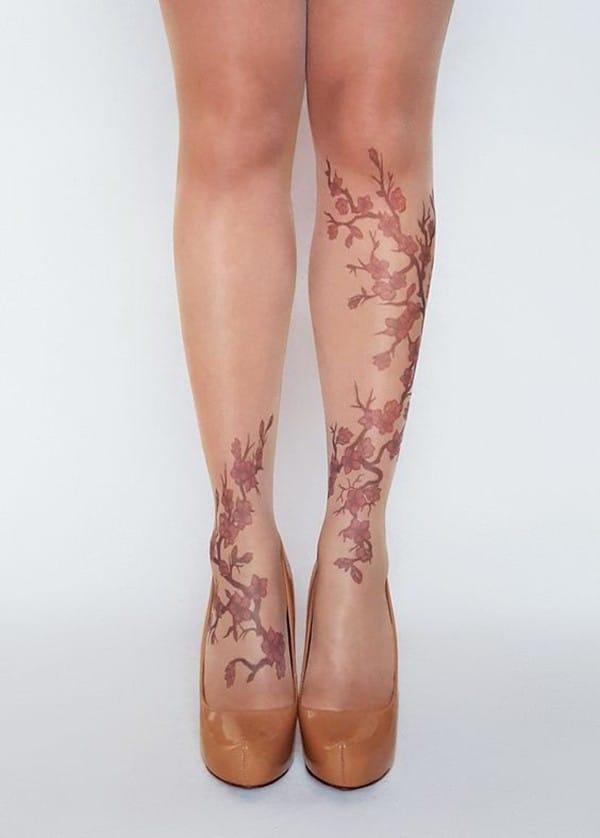 hình xăm hoa anh đào đẹp ở chân
