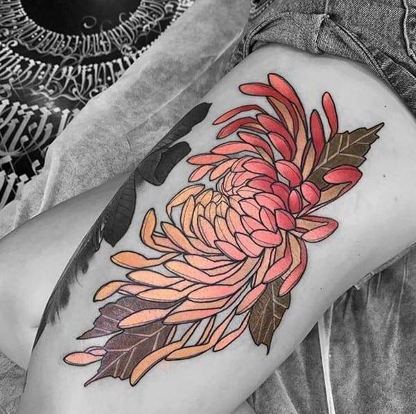 hình xăm hoa cúc bắp chân
