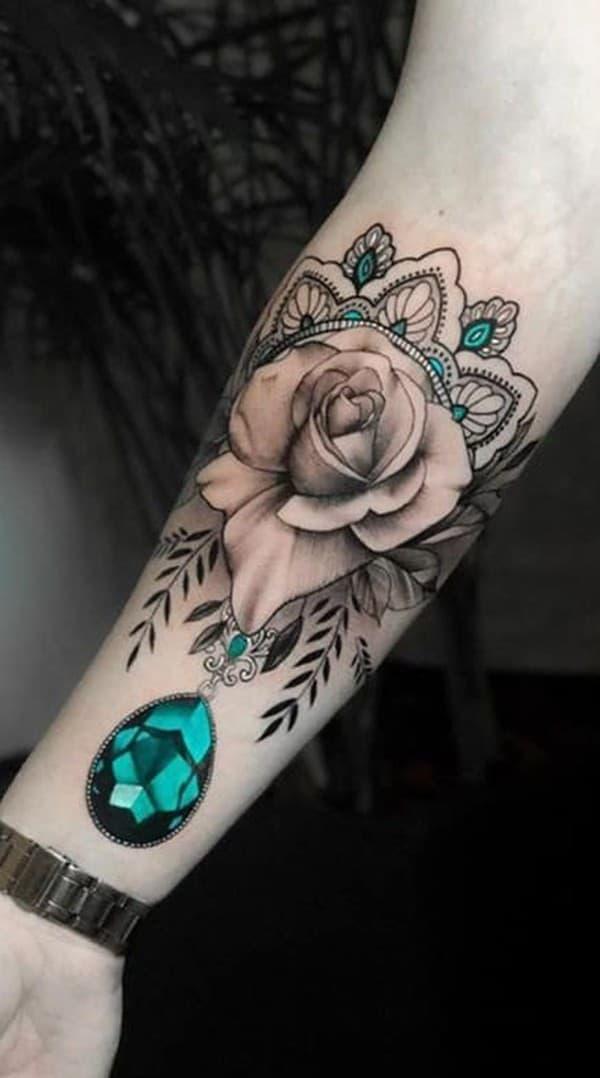 hình xăm hoa hồng mandala