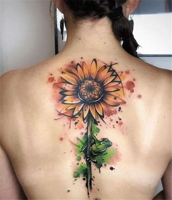 hình xăm hoa hướng dương trên lưng