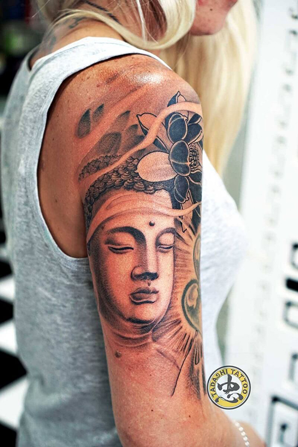 Phật và hoa sen là hai hình ảnh gắn liền trong các tác phẩm hình xăm mà bạn thường thấy