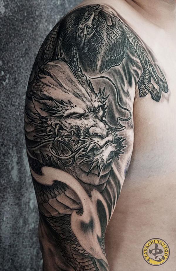 hình xăm rồng quỷ trên bắp tay