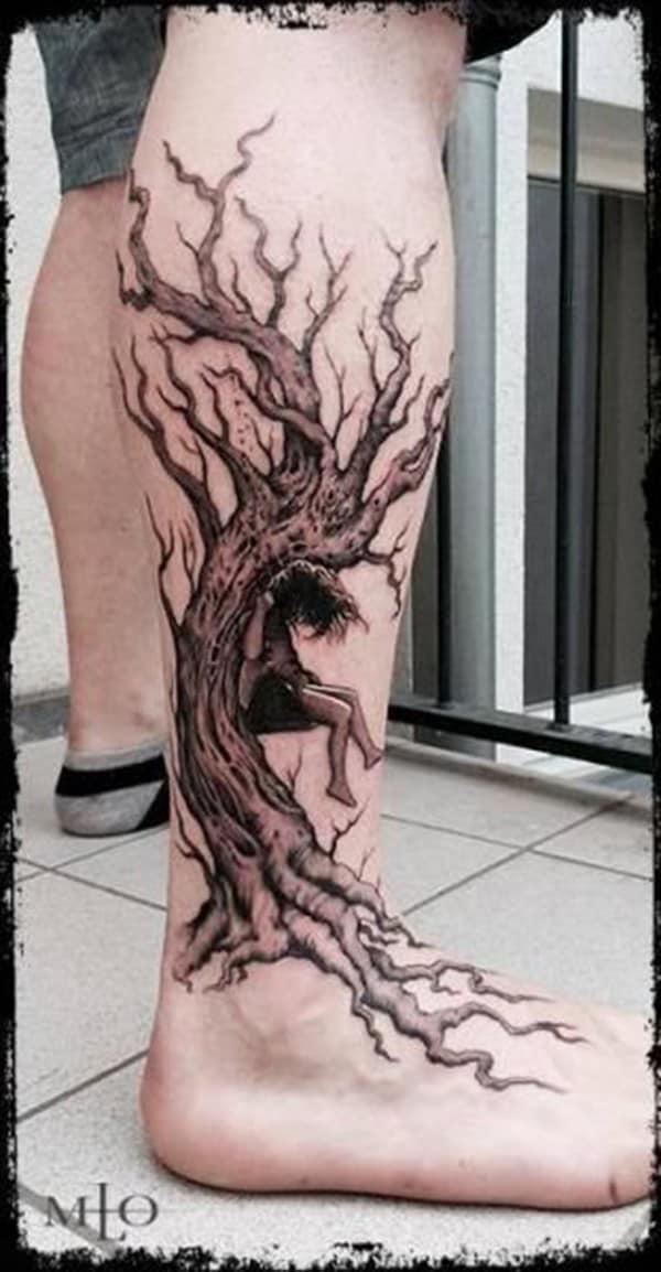 tattoo cây cổ thụ ở chân