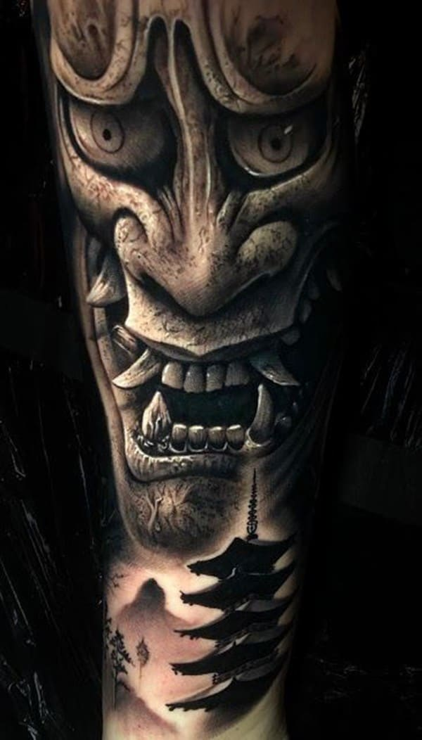 Tattoo mặt quỷ hanya đẹp trên tay