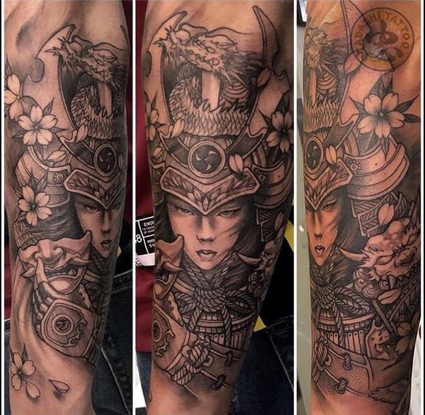 hình xăm samurai hoa anh đào 3D trên cánh tay cho nữ