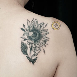 Ý nghĩa hình xăm hoa hướng dương là gì?