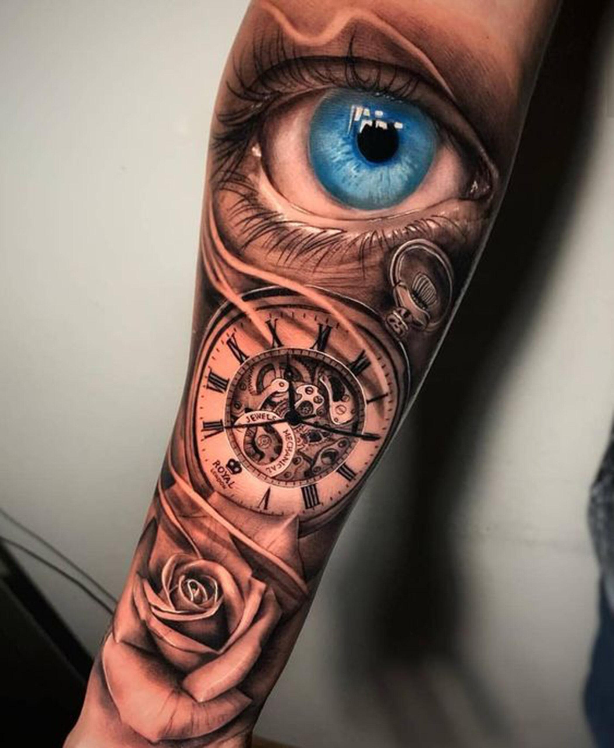 hình xăm hoa hồng với đồng hồ la mã