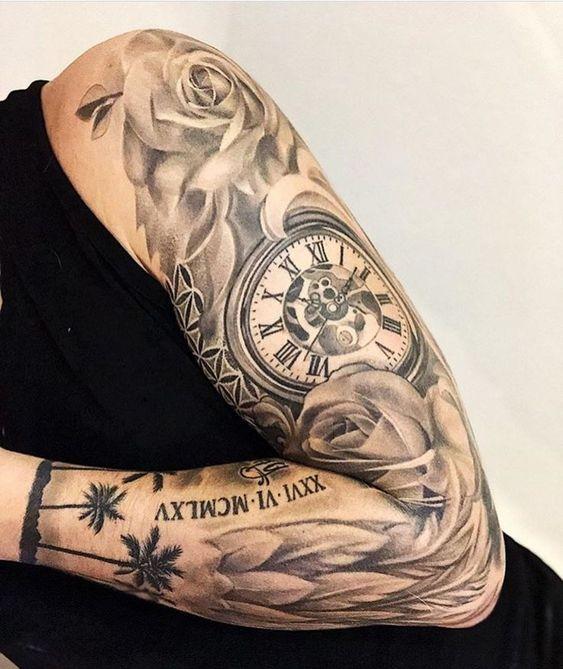 xăm hình đồng hồ la mã cổ với hoa hồng