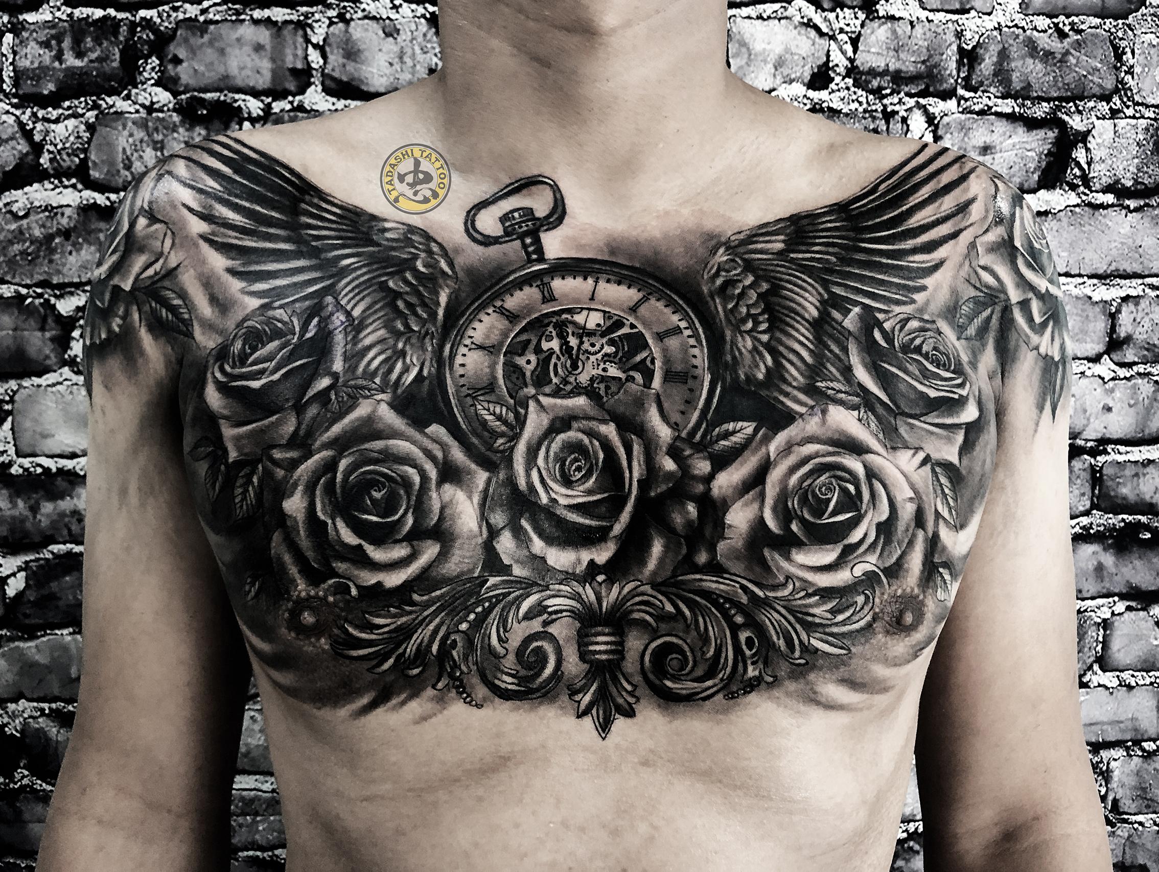 hình xăm hoa hồng và đồng hồ la mã 3D full ngực
