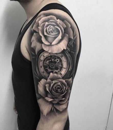 hình xăm hoa hồng đồng hồ ở vai