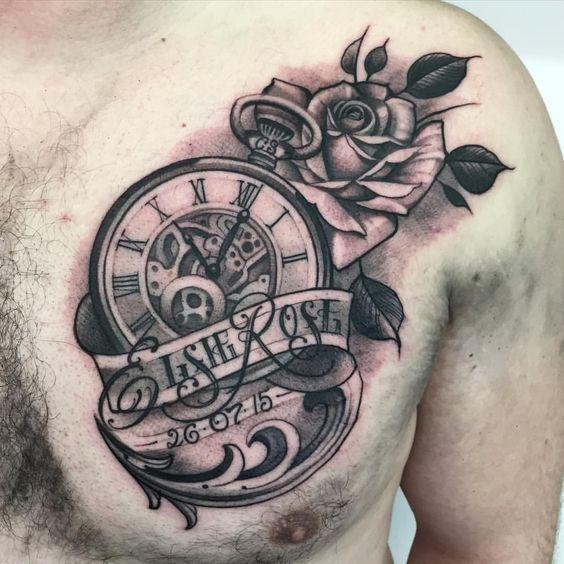 hình xăm bông hoa hồng và đồng hồ la mã cổ