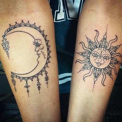 Mẫu hình xăm cặp mặt trăng và trời