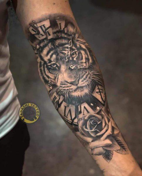 hình xăm con hổ ở cánh tay đẹp cho đinh sửu