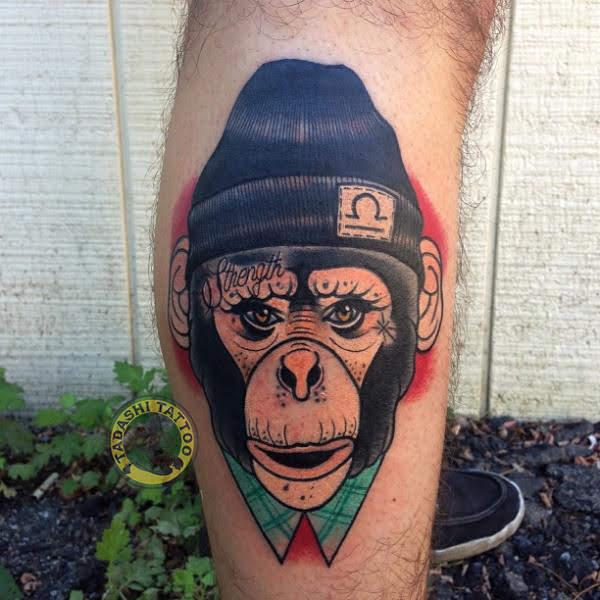 hình xăm con khỉ ở bắp chân hợp mệnh tuổi mậu dần cho những người sinh năm 1998