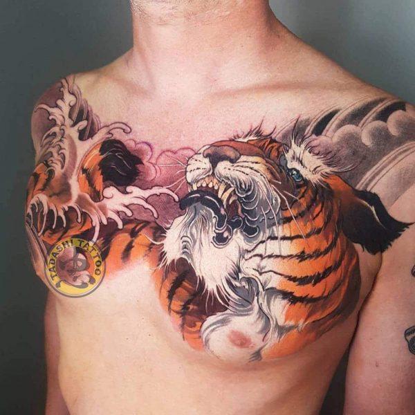 hình xăm con hổ ở ngực nam giới độc đáo và mới lạ cho những người sinh năm 1988