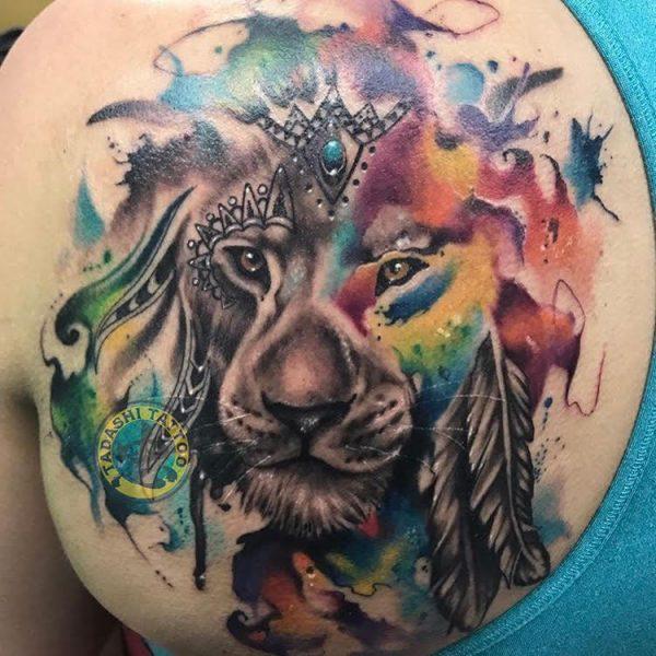 hình xăm sư tử ở bàn chân
