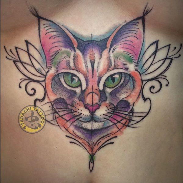 hình xăm mèo con ở ngực quyến rũ cho nữ giới mậu thìn