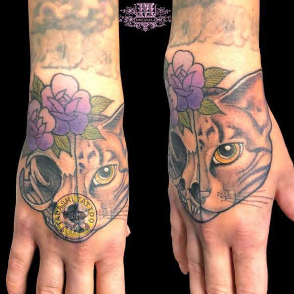 hình xăm mèo ở bàn tay độc đáo và hợp mệnh cho người sinh năm 1983 tuổi quý hợi