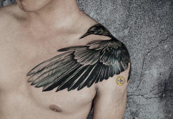 hình xăm đại bàng ở vai cực chất và phong cách cho nam giới sinh năm 1999 kỷ mão