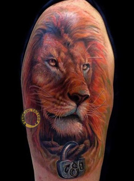 hình xăm sư tử ở đùi