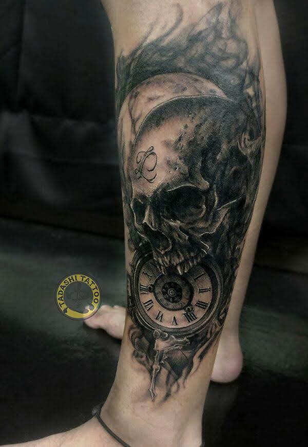 Hình xăm thần chết với chiếc đồng hồ đầy tính nghệ thuật
