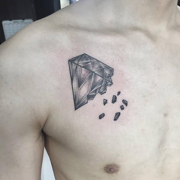 xăm hình kim cương