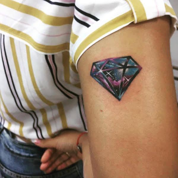 xăm hình kim cương đẹp nhất