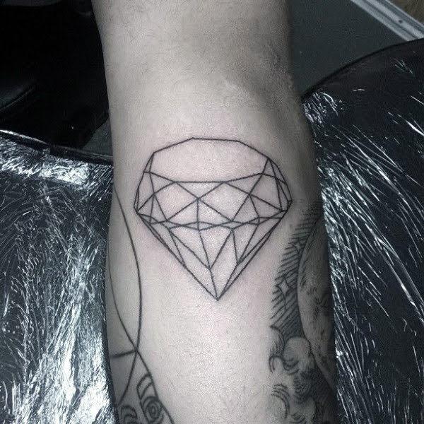 xăm hình kim cương cho nam
