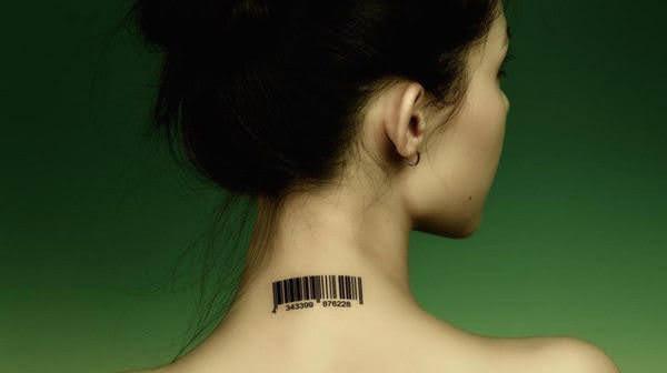 xăm hình mã vạch sau gáy