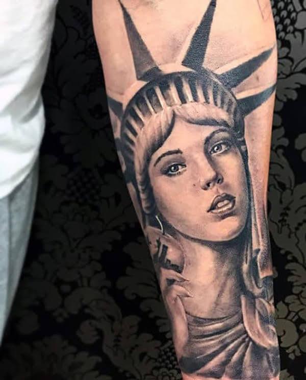 ý nghĩa xăm hình nữ thần tự do