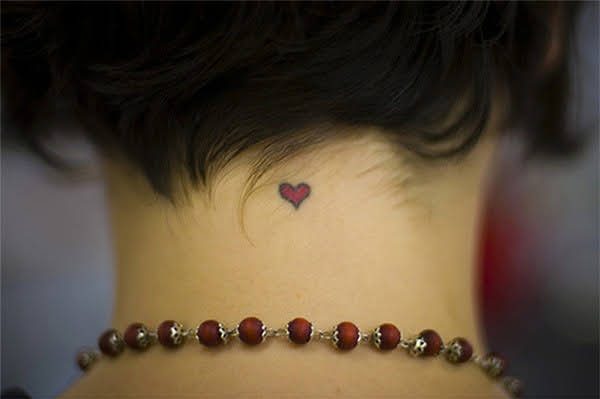 xăm trái tim mini